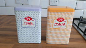 Pasta and rice storage tins