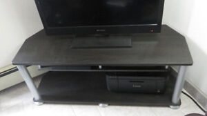 Modern Black Entertainment Stand