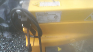 Power fist 5 tonn stand up log splitter
