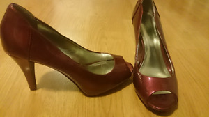 High heel shoes size 9.5m