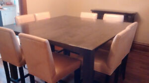 High end quality, counter height dining set Cambridge Kitchener Area image 3