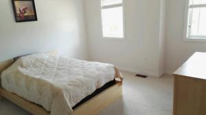 2nd Floor Furnished big Bedroom for Rent 独立屋单间