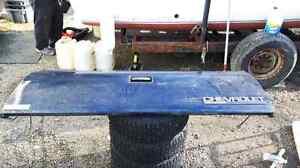 Rust free ! Tailgates for 88-98 chev trucks