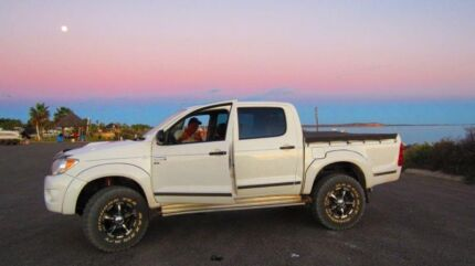 SWAP - HILUX SR 2007 WELL BODY for STEEL DROP SIDE TRAY  Geraldton 6530 Geraldton City Preview