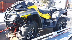 2011 can-am outlander 800 xmr. ONLY 500 miles