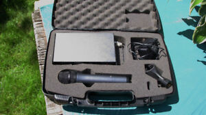 SENNHEISER PROFESSIONAL WIRELESS MICROPHONE AND RECEIVER
