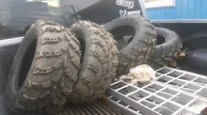 26x8x14 - 26x10x14 Carlisle tires