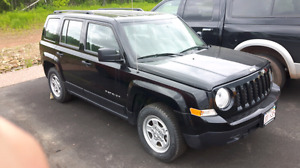 2016 jeep patriot for trade or sale (needs transmission)