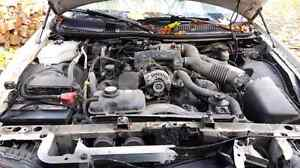 Parting out 2003 Lincoln Town car Cartier Cambridge Kitchener Area image 5