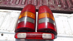 2000 Chevrolet tail lights