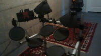 YAMAHA  DTXPLORER  Electronic Drum Set and Amplifier