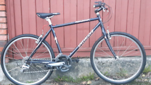 Specialized 18 Speed Commuter Bicycle ( new road tires )
