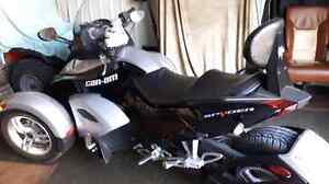Can-am Spyder rs 2008 comme neuf