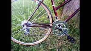 Road bike London Ontario image 2