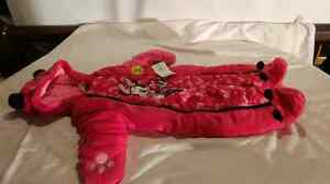 3-6 mnths Minnie mouse snowsuit London Ontario image 1
