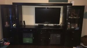 Black TV media unit