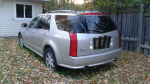 SELLING FOR PARTS - 2005 Cadillac SRX