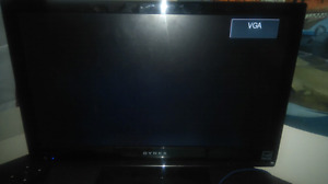 22 lcd TV with remote