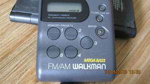 SONY WALKMAN SRF-M43 Portable FM/AM RADIO