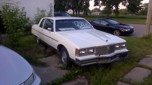 1981 Pontiac Pariseanne 2 Dr Buckets + Floor Shift