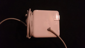 Apple laptop power block (damaged connector)
