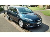 Vauxhall Astra 1.4 Sri 8000 miles 15plate 2015 registered still under manufacturing warranty