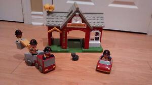 Caserne de pompier Playmobil step 2