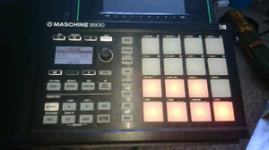 Maschine Mikro mk2 with software
