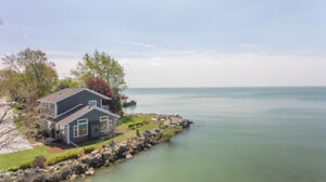 Luxury Waterfront Vacation Beach and Birding Rental Lake Erie