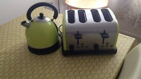 Green kettle and 4 slice toaster