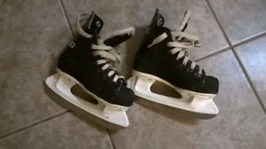 Boys Trek Junior Size 9 Hockey Skates