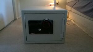 Sentry fire proof safe $100