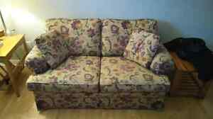 Love Seat in like new condition St. John's Newfoundland image 1