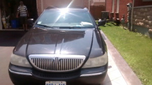 2011 Lincoln Town Car. Private Sale.  AS IS. BEST OFFER TAKES IT