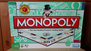 MONOPOLY with speed die