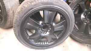 225 40 ZR 18 tires with rims London Ontario image 1