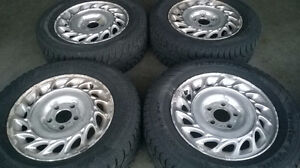 "Hankook pike 4,15"" Snow Tires & Rims Hubcaps  (205/65 R15) 5X110"