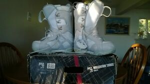 Ladies Size 8 Snowboard Boots Prince George British Columbia image 2