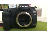 Canon EOS 5D Mark II full frame DLSR, bargain, limited usage, at £750