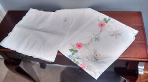 Small square white embroidered tablecloth with 4 napkins