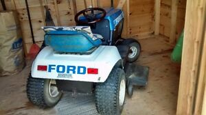 Ford LT81 Lawn Tractor 8 hp