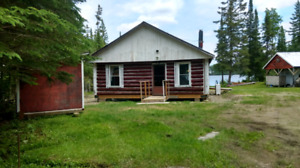 Log cabin/camp in fishing/hunting haven