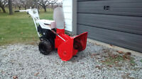 **Allis Chalmers 24 inch snowblower with Chains, Big Auger!
