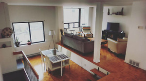 DOWNTOWN MONTREAL -ALL INCLUSIVE ROOM FOR RENT -AVAILABLE IMMED.