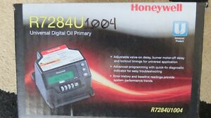 Oil Primary Honeywell R7284U digital Control London Ontario image 1