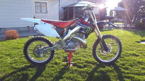 Honda cr250r 2002 (moteur refait)