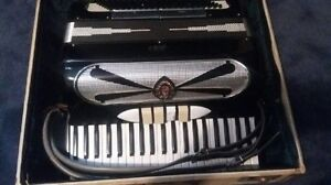 Accordeon de marque honda