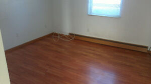 2 Bedroom apt in Amherst NS Oct 1