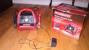 MotoMaster Battery Booster Pack 1200A