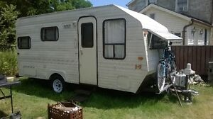 19' TRAVEL TRAILER London Ontario image 1